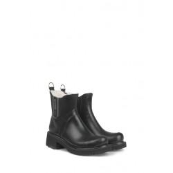 Ilse Jacobsen Rub47 Short Black